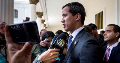 "Guaidó afirma que existen ""divisiones"" dentro de la mesa de diálogo"