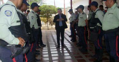 Policarirubana ascenderá a 17 funcionarios a nuevas jerarquías