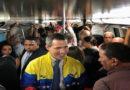 Juan Guaidó se trasladó en Metro hasta el centro de Caracas