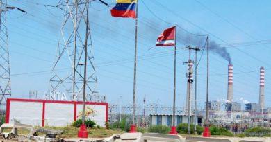 Pérdida de tensión en Planta Centro dejó sin luz a Falcón