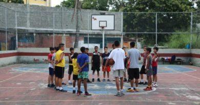 Murió niño de 8 años al caerle estructura de arco de baloncesto en Anzoátegui