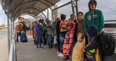 Denuncian expulsión de EEUU de más de 100 venezolanos solicitantes de asilo