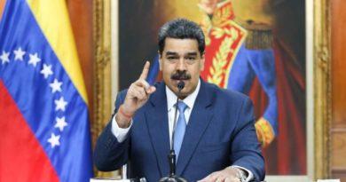 Maduro ordena la constitución de un Consejo Militar Científico para que Venezuela tenga su propio sistema de armas