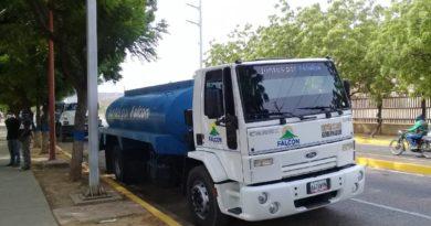 Más de 600 familias de El Recreo recibieron alimentos y agua potable
