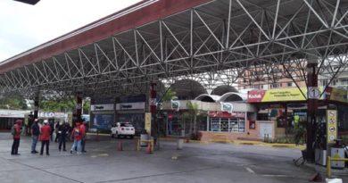 Nueva Esparta a punto de quedarse sin gasolina ni electricidad