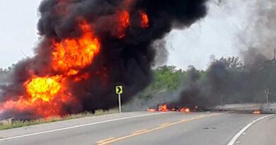 Aumenta a 21 el número de fallecidos por explosión de gandola en Colombia
