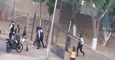 Vecinos denuncian abusos durante detención de cinco personas en Las Velitas (VIDEO)