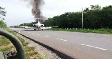 Hallan casi 400 kilos de supuesta cocaína proveniente de aeronave que se incendió en México