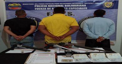 """Faes detiene a trío integrantes de """"Los Sindicatos"""" fuertemente armados en el Universitario"""