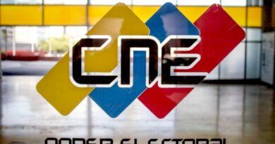 CNE negó que la renuncia de Rafael Simón Jiménez afecte las parlamentarias