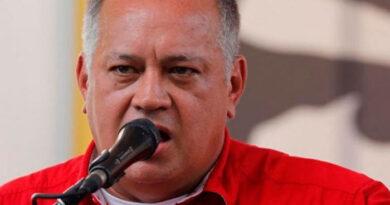 Diosdado Cabello dice que usará pago de El Nacional para comprar vacunas