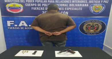 PNB apresa a un hombre armado