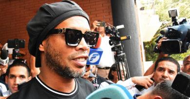 Ronaldinho podría dejar el arresto domiciliario en Paraguay tras pasar casi cinco meses detenido