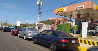 Las estaciones de servicio que abrirán en Paraguaná este lunes bajo el Pico y Placa