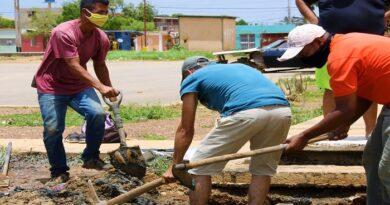 Reparan bote de aguas servidas en los 480 de La Velita