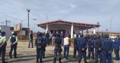 Tres despliegues de seguridad diarios hacen cumplir la cuarentena en Falcón
