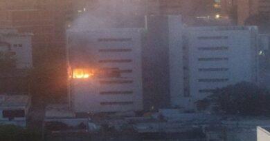 Un muerto en explosión de apartamento en Maracaibo (FOTOS)