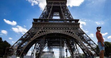 Reabrieron la Torre Eiffel tras ser evacuada por una alerta de bomba