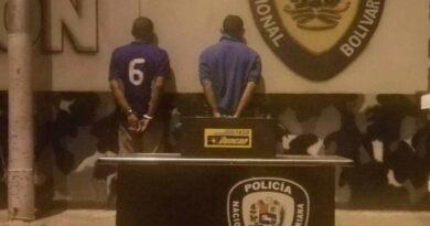 Dos ladrones de baterías fueron capturados por la PNB en Coro