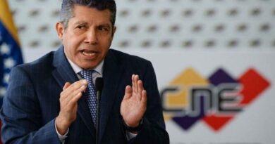 Falcón: CNE no puede permitir uso de recursos públicos