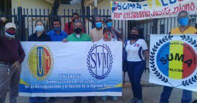 Coro: Docentes protestaron para exigir el cese al acoso laboral