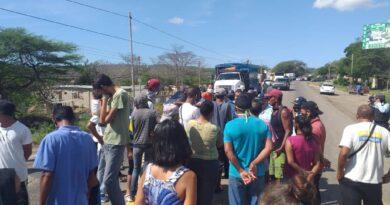 Tomaron Mataruca vecinos enardecidos exigiendo servicios básicos (FOTOS)