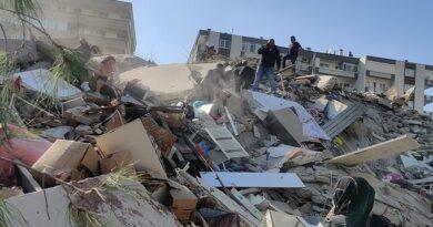 Al menos cuatro muertos y 120 heridos tras el terremoto magnitud 7 que sacudió Grecia y Turquía