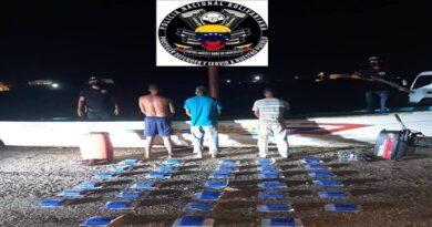 Incautan 33 panelas de droga en Falcón