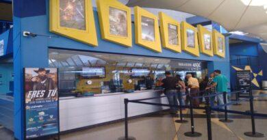 Maduro autoriza abrir cines, teatros y museos durante la flexibilización