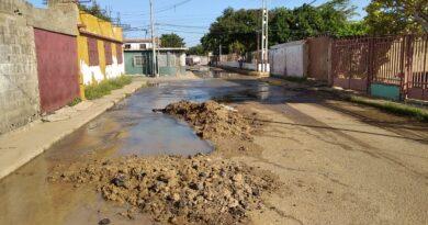 En Pantano Centro se pierden miles de litros de agua potable (FOTOS)
