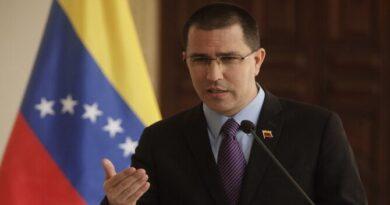 El canciller de Venezuela afirma que Pompeo pasará a la historia como «un mal recuerdo»