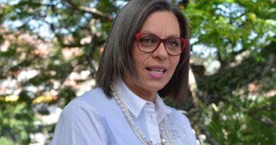 Presidenta del CNE resalta fortaleza y transparencia del sistema electoral venezolano