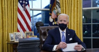 Biden eliminó el botón rojo que usaba Trump en la Oficina Oval para conseguir una Coca-Cola