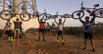 Cuatro ciclistas paraguaneros hicieron historia dándole la vuelta a la península (FOTOS)