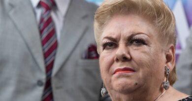 Paquita la del Barrio se inscribió como precandidata a diputada en Veracruz