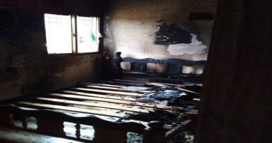 En Moruy cumplieron tres días sin luz tras quemarse cinco casas por alto voltaje (FOTOS)