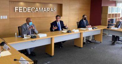 Comisión de Diálogo y Fedecámaras se reunieron para la búsqueda de soluciones