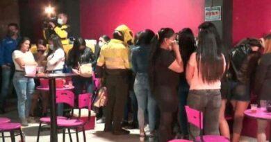 Colombia anuncia la expulsión de 65 venezolanos por hacer una fiesta clandestina