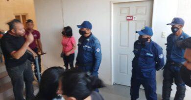 Denuncian desalojo irregular de edificio de la GMVV en Coro (VIDEO)