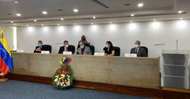 Pedro Calzadilla es el nuevo presidente del CNE