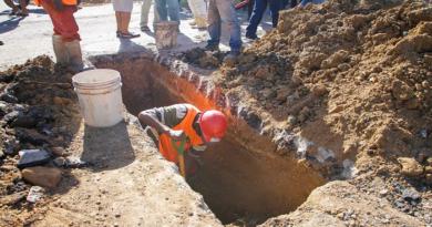 Operativa 100% red de agua potable en el municipio Miranda