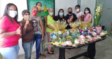 Alcalde Pablo Acosta repartió amor a todas las madres en su día
