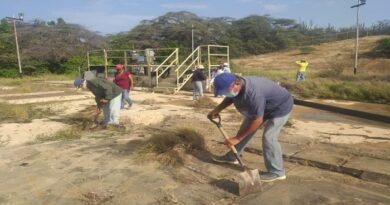 Mesas Técnicas de Agua ejecutaron  trabajo voluntario en planta El Isiro