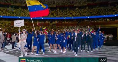 Tokio 2020: Así desfiló la delegación venezolana en la apertura de los Juegos Olímpicos (VIDEO)