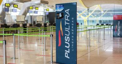 Varados 300 pasajeros en Madrid tras cancelación de vuelo de Plus Ultra hacia Venezuela