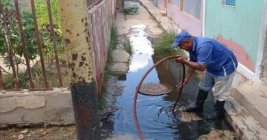 Hidrofalcón continúa reparación de tuberías matrices para mejorar distribución hídrica