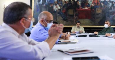 Maduro: se mantendrá el 7+7 ante la llegada de la variante delta