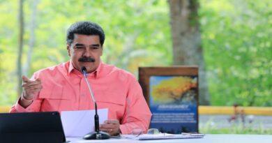 Maduro: El país entrará en flexibilización desde el primero de noviembre al 31 de diciembre